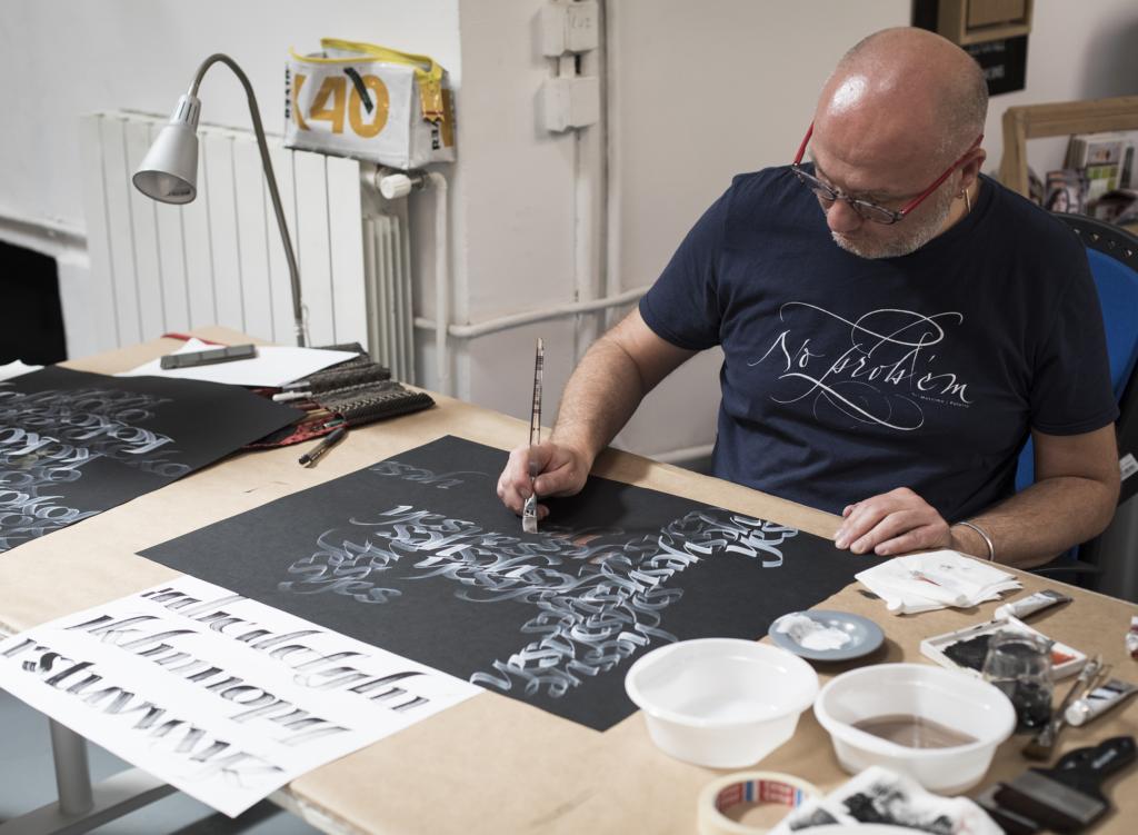 Massimo Polello e l'artigianalità della calligrafa